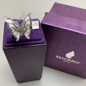 Jewelry - 18K WG Diamond Magerit Butterfly Ring